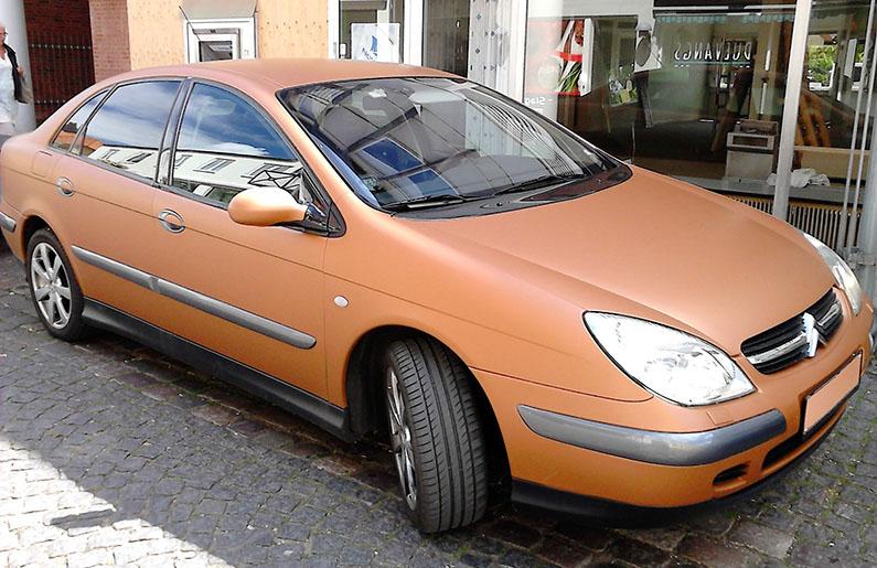 Bil med bronze folie (Efter)